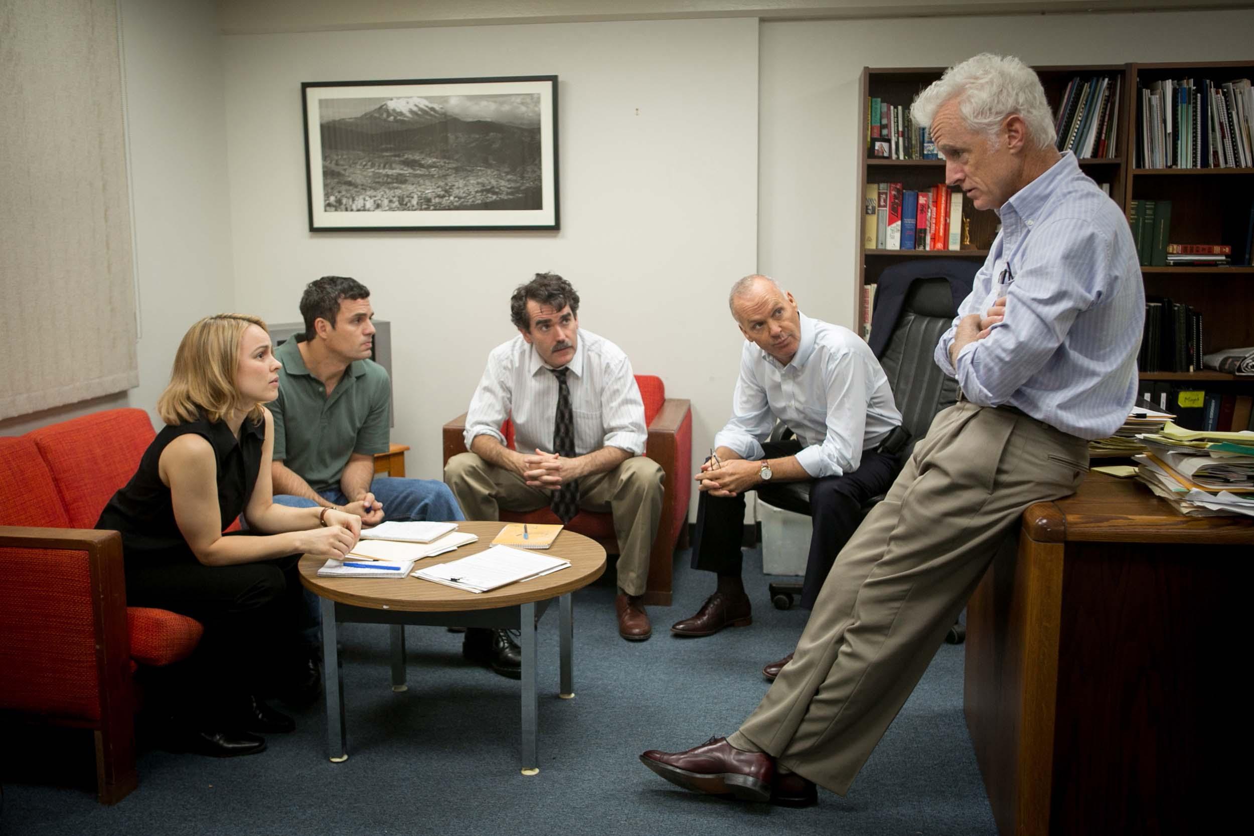 (l to r) Rachel McAdams, Mark Ruffalo, Brian D'Arcy James, Michael Keaton, John Slattery (courtesy of Open Road)