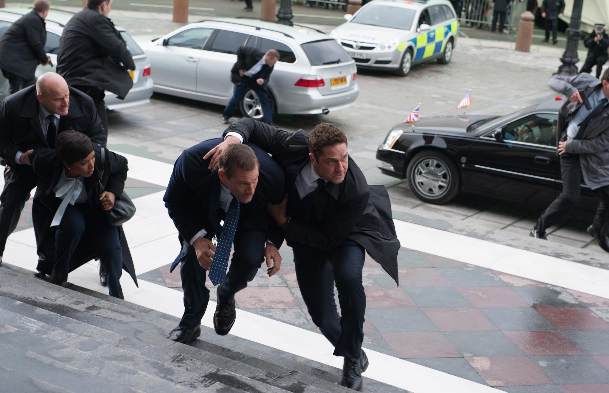 "(l to r) Angela Bassett, Aaron Eckhart, Gerard Butler in ""London Has Fallen"" Credit: Gramercy Pictures"