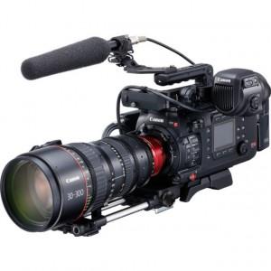 Canon C700